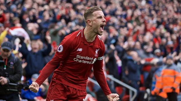 Jordan Henderson celebrating a Liverpool goal